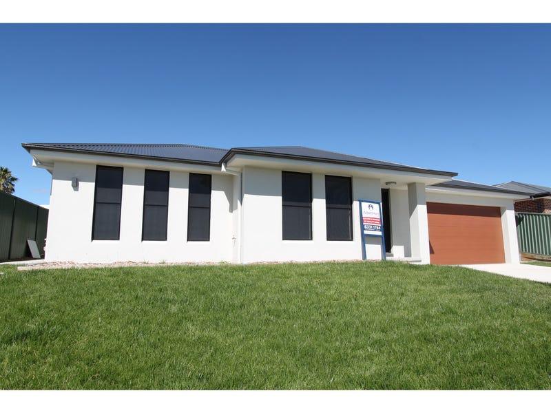 14 Barr Street, Bathurst, NSW 2795
