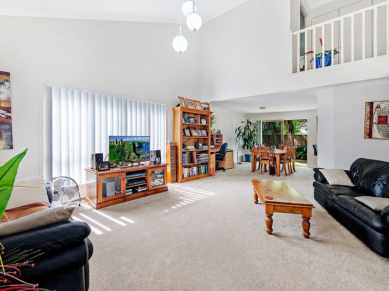 21/264-268 Oxley Drive, Coombabah