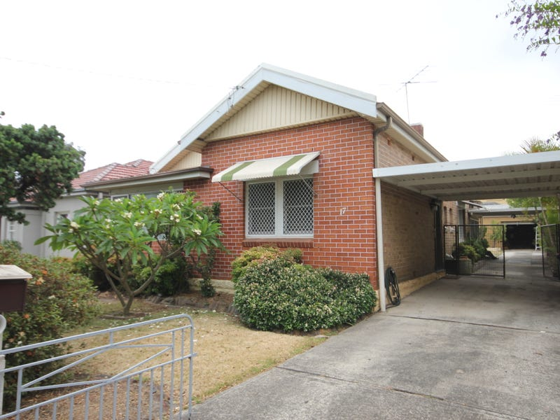 17 Omera Street,, Carlton, NSW 2218