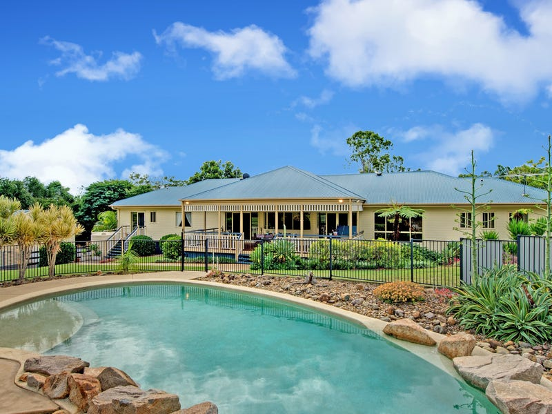 15 Castlereagh Place, Anstead, Qld 4070