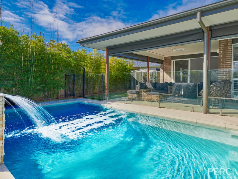 1 Carmac Avenue, Thrumster, NSW 2444