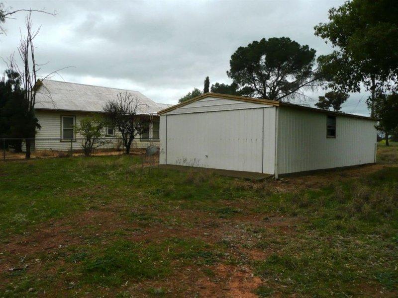 - Spurrells Road, Pleasant Hills, NSW 2658
