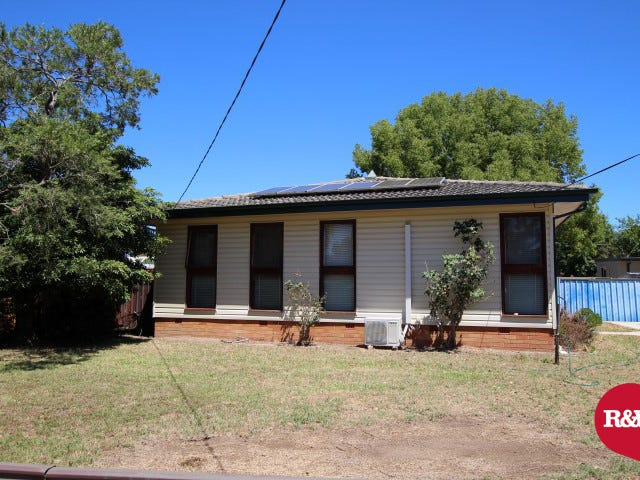 38 Pitcairn Avenue, Lethbridge Park, NSW 2770