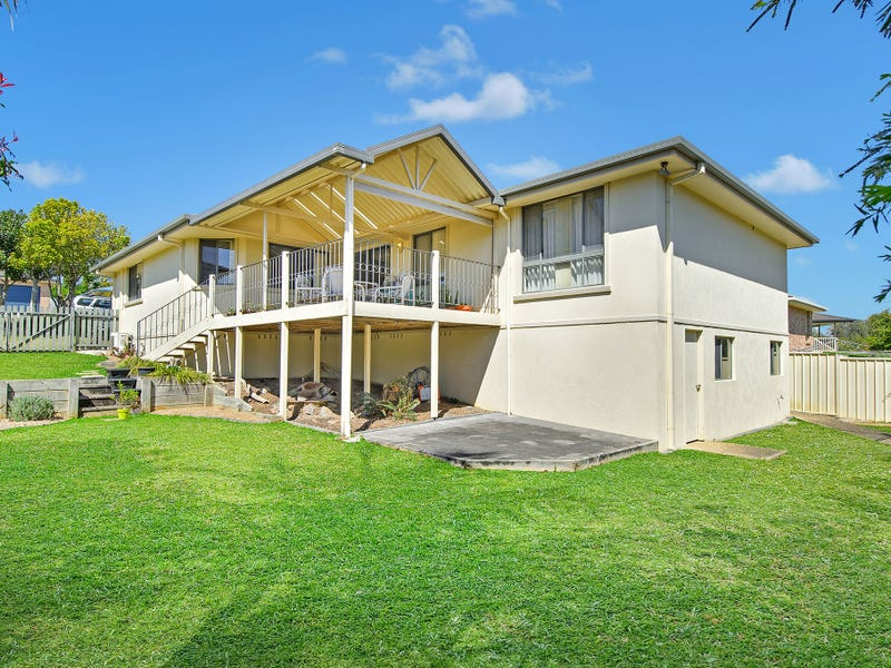 9 Dampier Court, Lake Cathie, NSW 2445