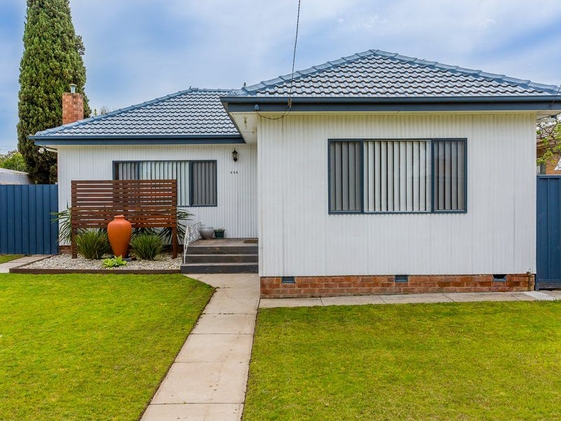 222 Kooba Street, North Albury, NSW 2640