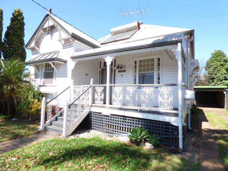 4 Gore Street, Toowoomba City, Qld 4350
