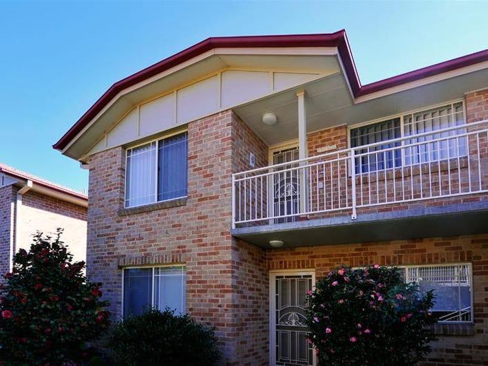 22/11 Stonelea Court, Dural, NSW 2158