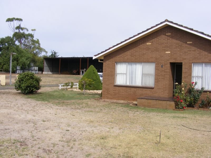 929 Corangamite Lake Road, Coragulac, Vic 3249