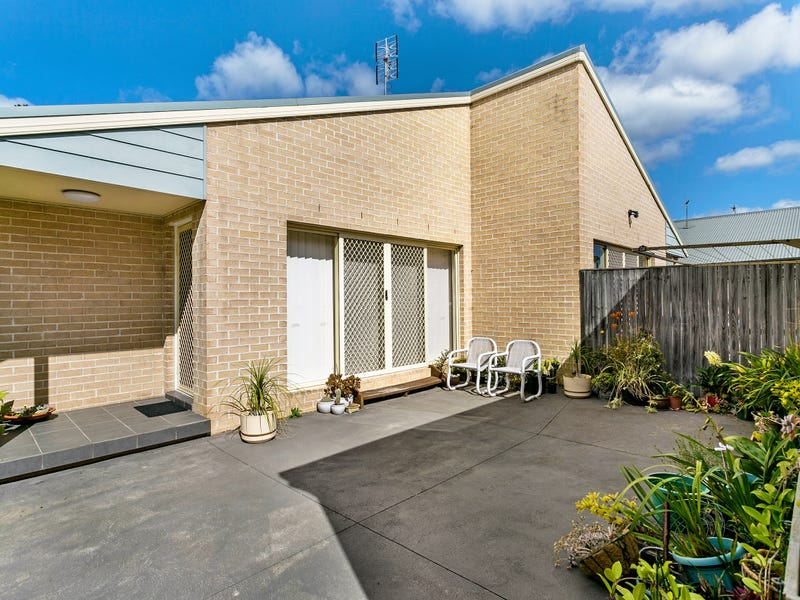 12/2-8 Mountainview Mews, Albion Park