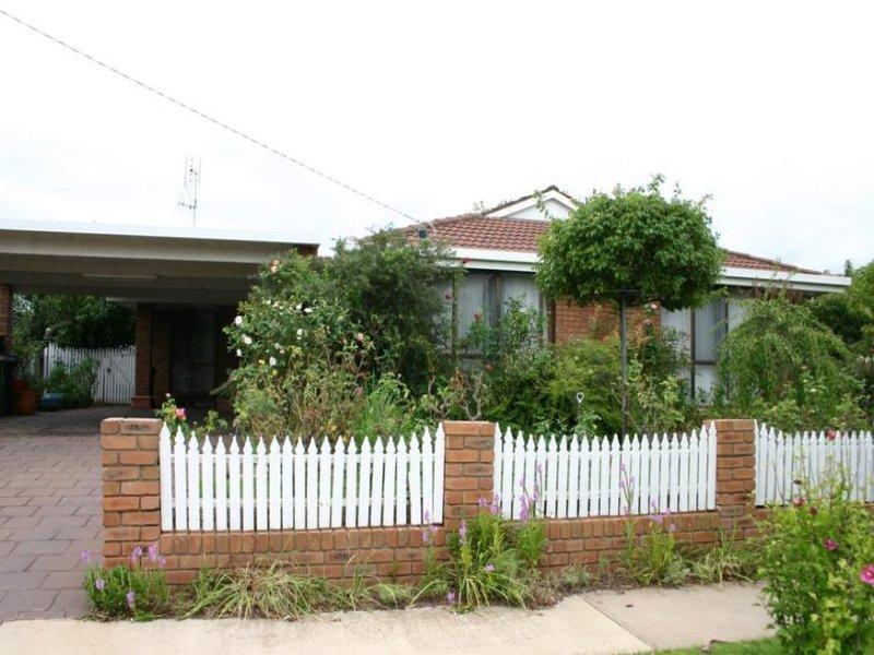 2 Byrnes Street, Swan Hill, Vic 3585