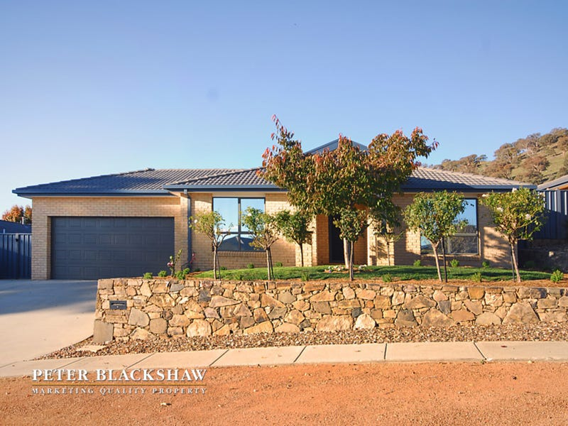 7 Olive Pink Crescent, Banks, ACT 2906