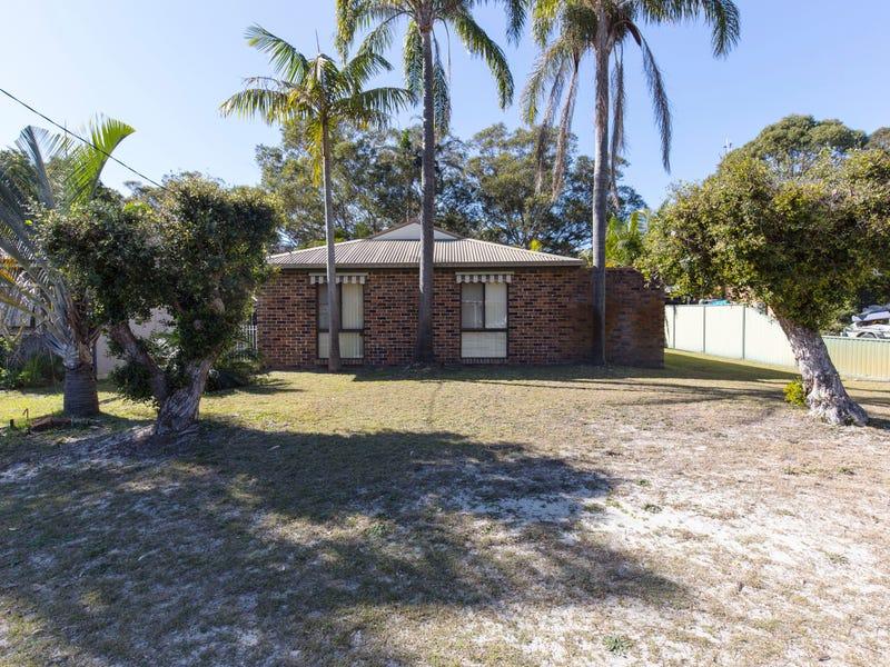 36 Kurrawong Avenue, Hawks Nest, NSW 2324