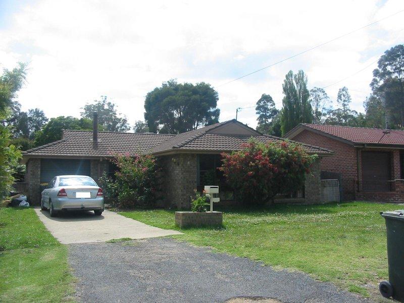5 Clare Crescent, Batehaven, NSW 2536