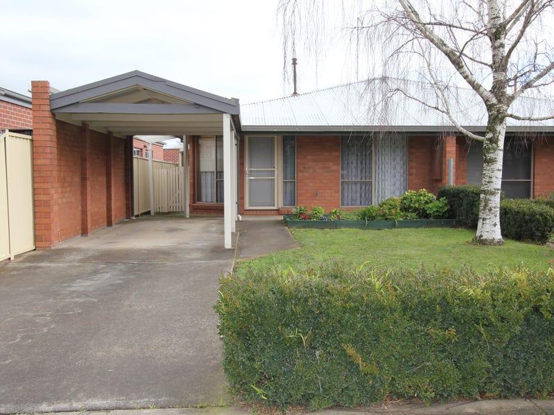 2/69 Gillies Street South, Alfredton, Vic 3350