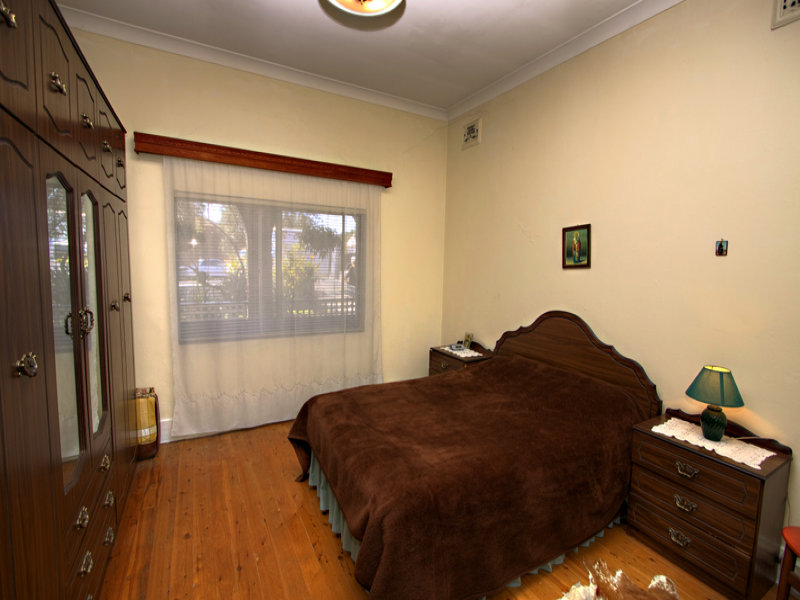 174 Bayview Avenue, Earlwood, NSW 2206