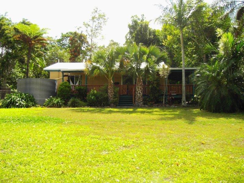 528 Cootharaba Road, Cootharaba, Qld 4565