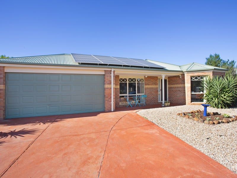 12 Madison Drive, Brookfield, Vic 3338