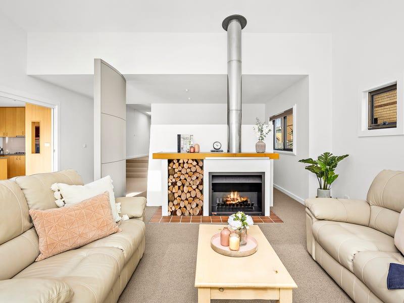 34  Elizabeth Street, Towradgi, NSW 2518