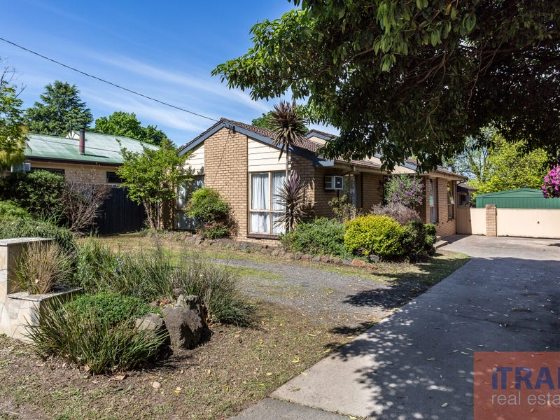 1220 Mountain Highway, The Basin, Vic 3154