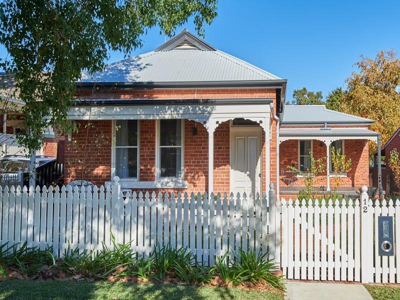12 Freer Street, Wagga Wagga, NSW 2650