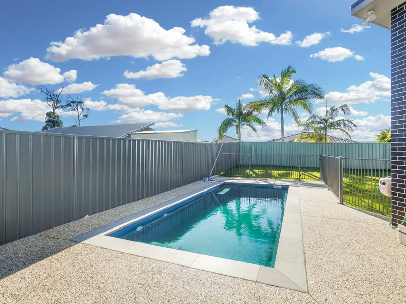 6 Trevally Avenue, Old Bar, NSW 2430