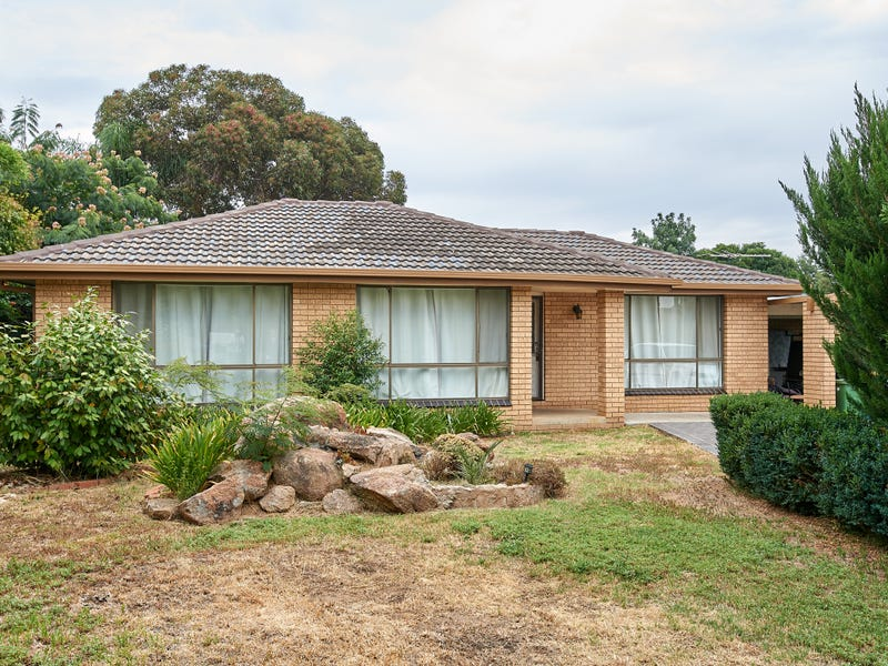 93 McKell Ave, Mount Austin, NSW 2650