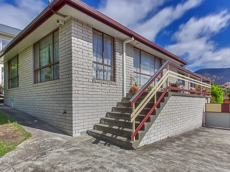 8 Cheviot Road, West Moonah, Tas 7009
