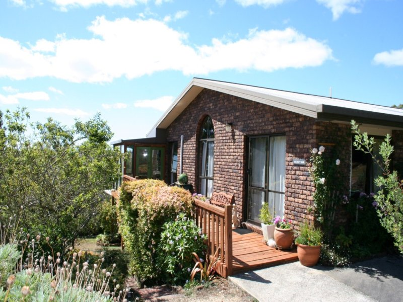 17517 Bass Highway, Boat Harbour, Tas 7321