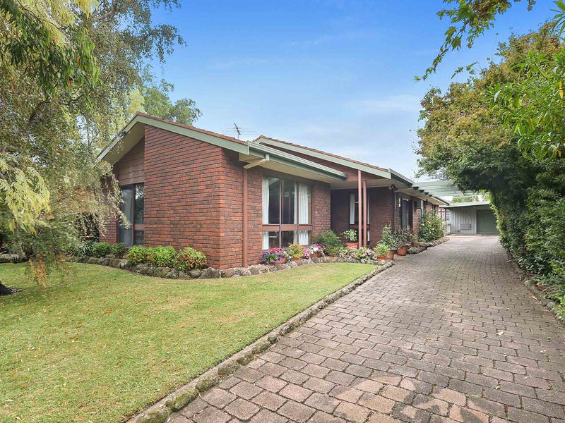 4 Eton Road, Belmont, Vic 3216