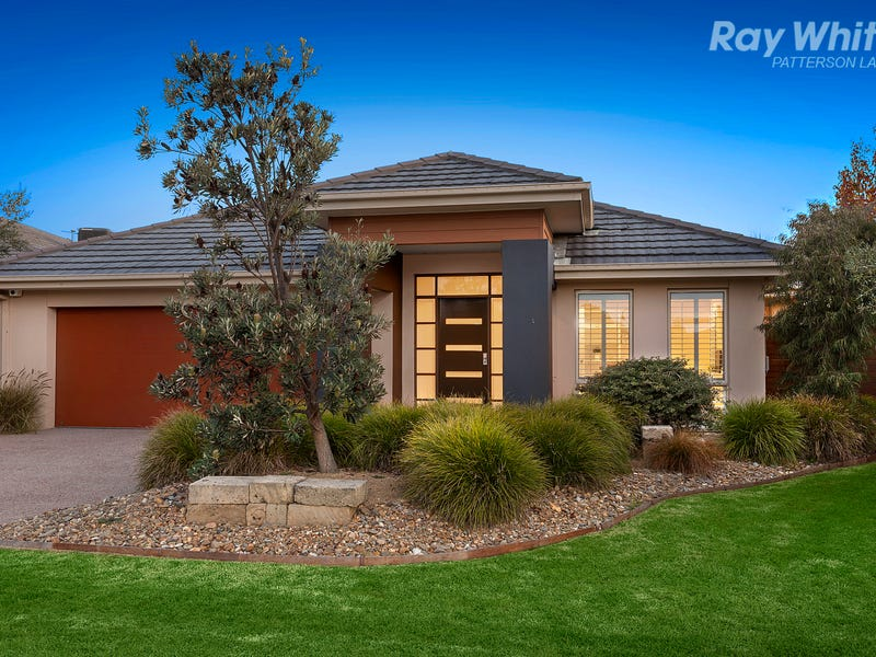 12 Binglebay Avenue, Waterways, Vic 3195