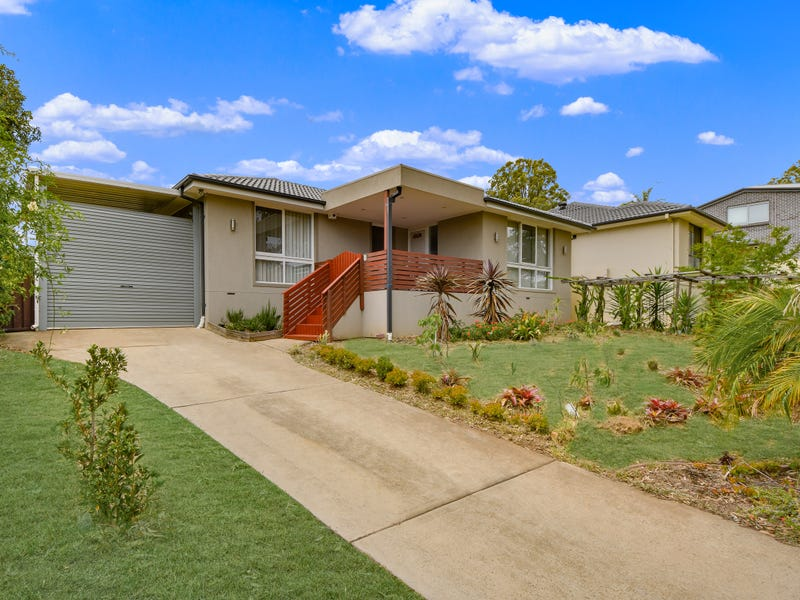 7 Spumante Close, Eschol Park, NSW 2558