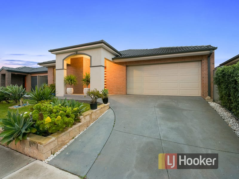 294 Casey Fields Boulevard, Cranbourne East, Vic 3977