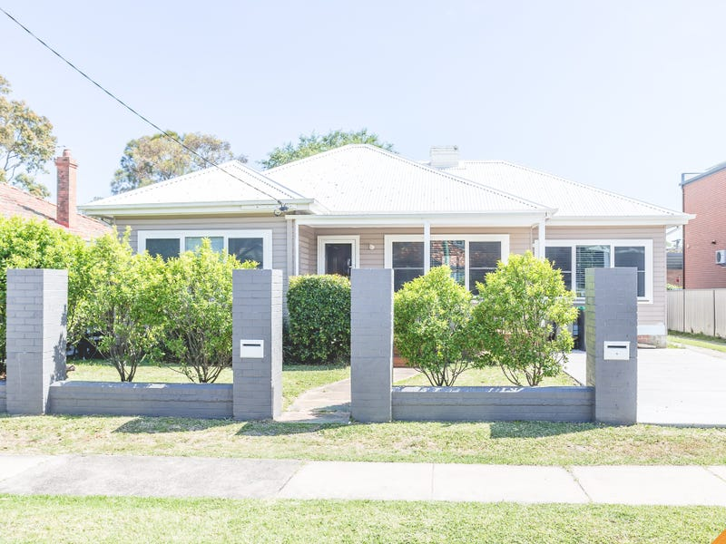 402 Glebe Road, Hamilton South, NSW 2303