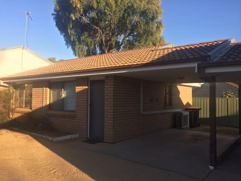 13c Coolabah Crescent, Cowra, NSW 2794
