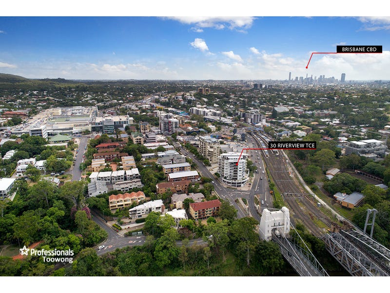 704/30 Riverview Terrace, Indooroopilly, Qld 4068