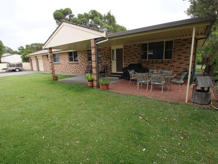 98 Goldens Road, Forster, NSW 2428
