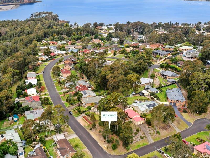 31 Karoola Crescent, Surfside, NSW 2536