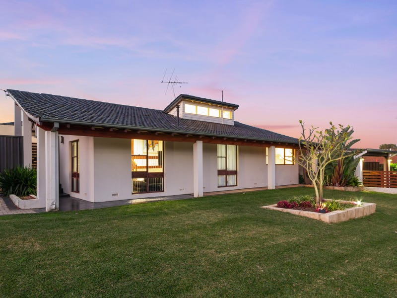 61 Dutton Crescent, Hamersley, WA 6022
