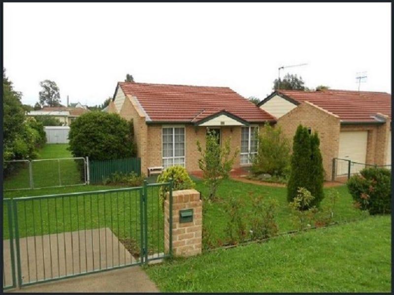 2/14 Hill Street, Uralla, NSW 2358