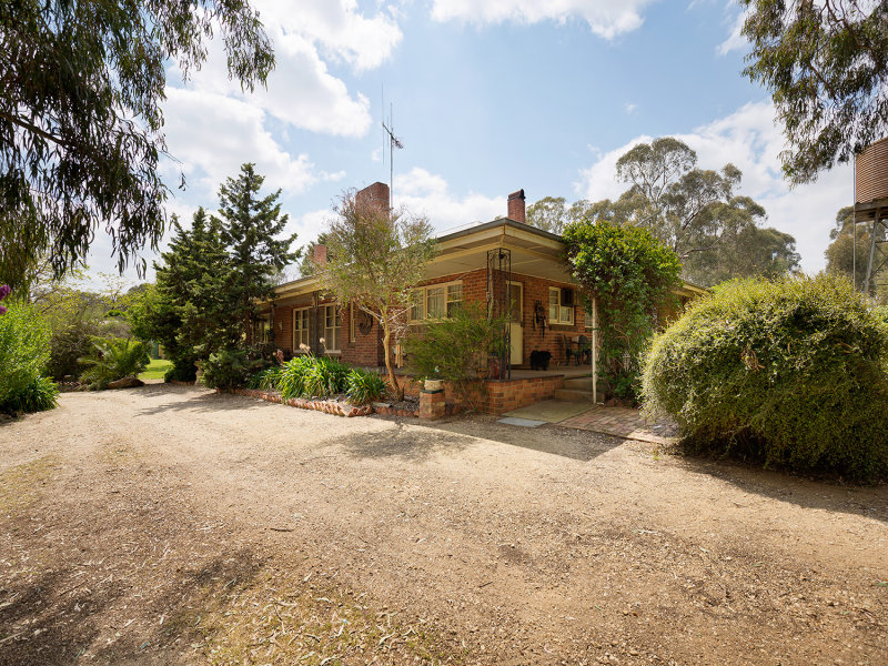 56 Sharpes Road, Muckleford, Vic 3451