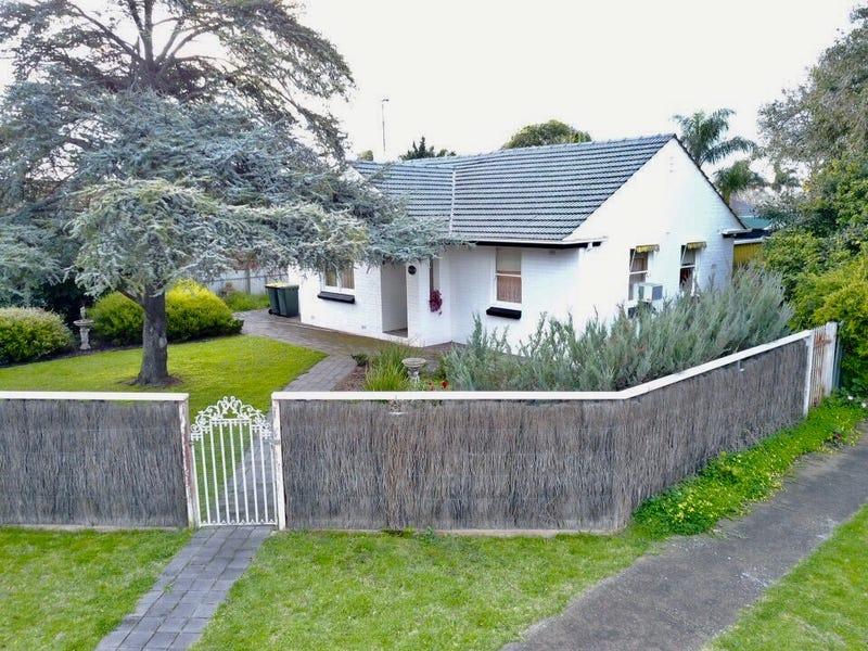 28 Hardy Avenue, Glengowrie, SA 5044