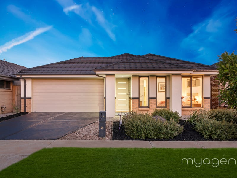 4 Comet Chase, Narre Warren South, Vic 3805