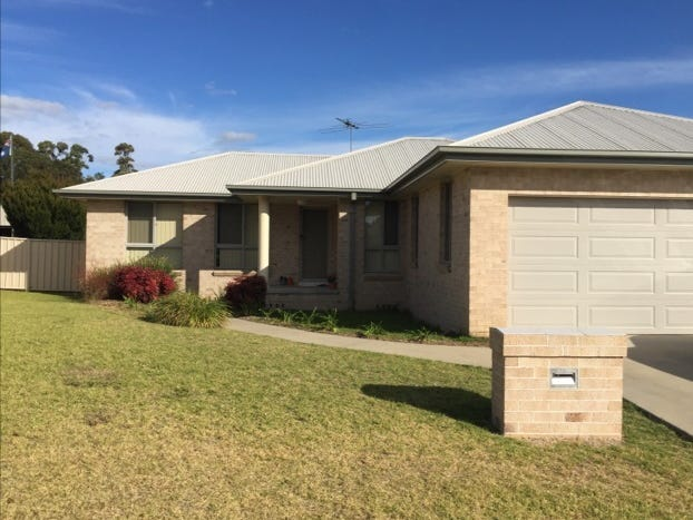 14 Kingfisher Drive, Inverell, NSW 2360
