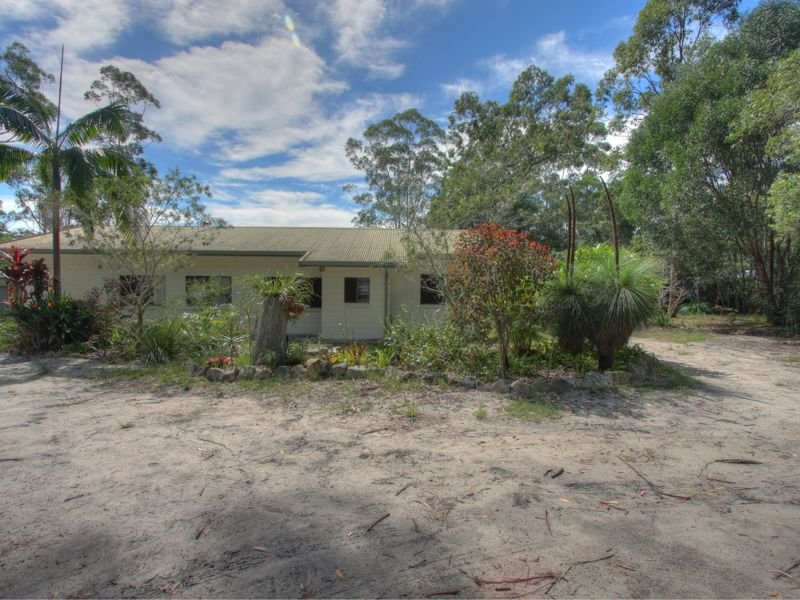 1027 Brooms Head Road, Taloumbi, NSW 2463
