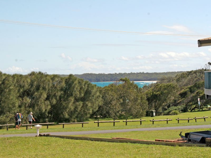 13 Silversands Drive, Berrara, NSW 2540