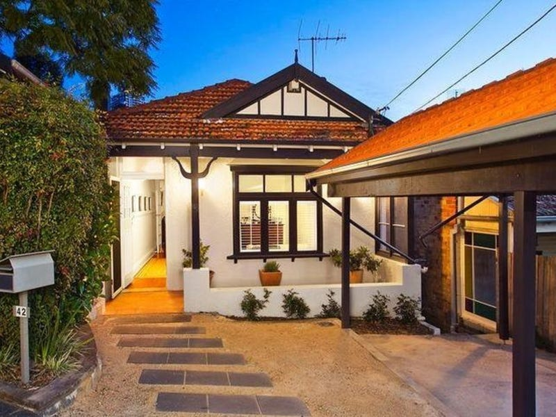 42 Dalleys Road, Naremburn, NSW 2065