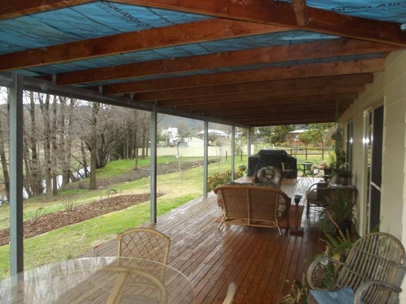 13 Travers St, Adelong, NSW 2729