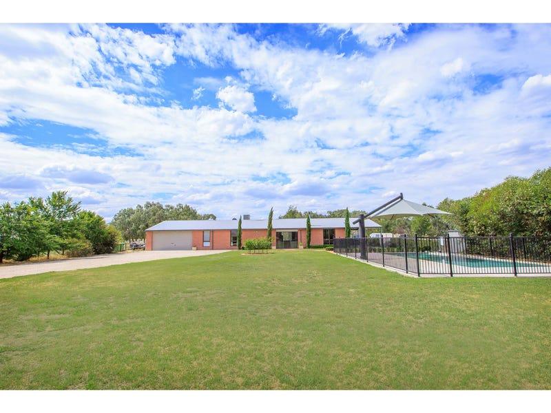 154 Corrys Road, Thurgoona, NSW 2640