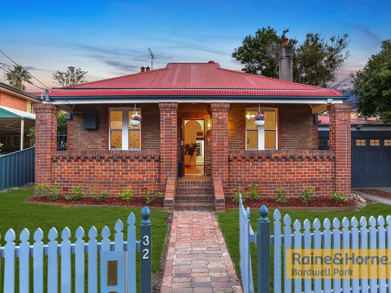 32 Rickard Street, Turrella, NSW 2205