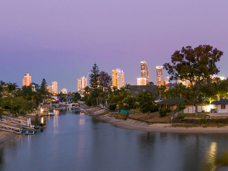 65 Bermuda Street, Broadbeach Waters, Qld 4218